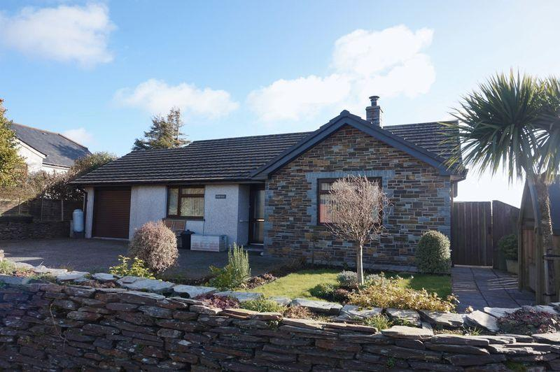 2 Bedrooms Detached Bungalow for sale in Trevia Lane, Camelford