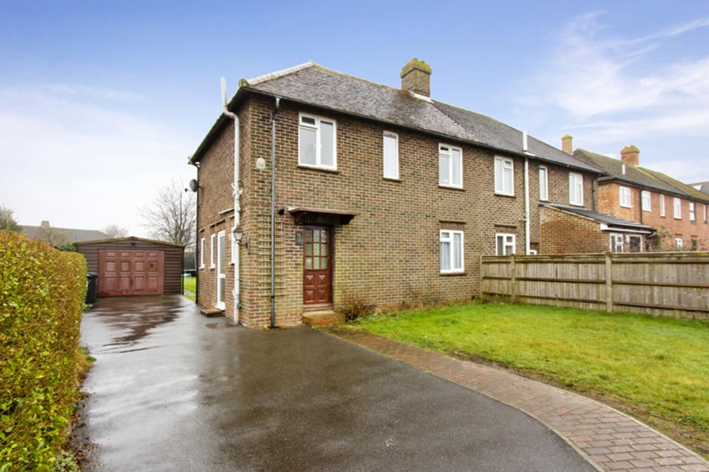 3 Bedrooms Semi Detached House for sale in Blackness Road, Crowborough