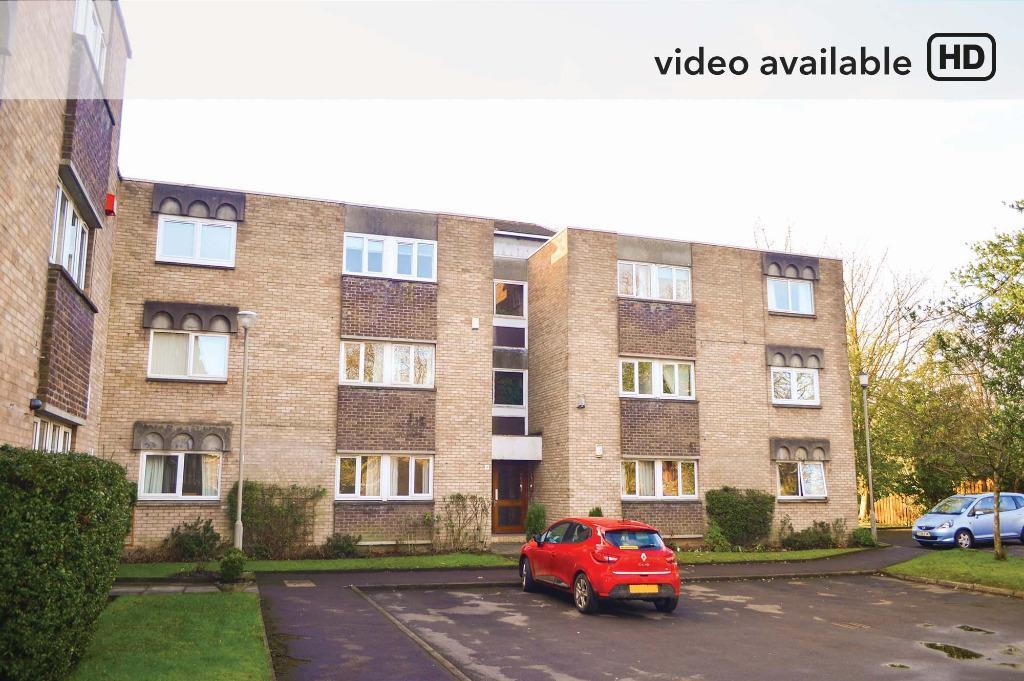 3 Bedrooms Flat for sale in Knowehead Gardens, Flat 2/1, Pollokshields, Glasgow, G41 5RE