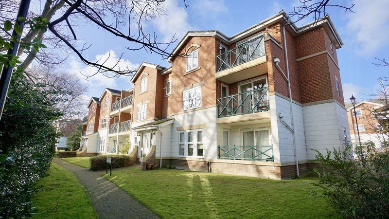 2 Bedrooms Apartment Flat for sale in Belvedere Gardens Benton