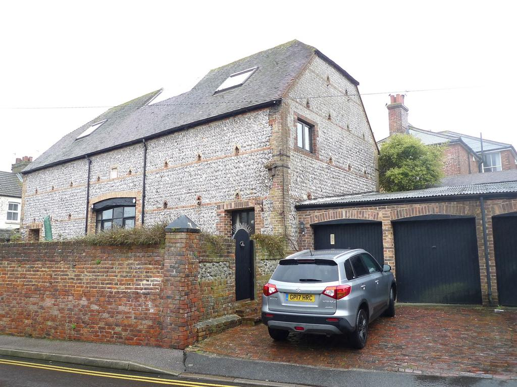 3 Bedrooms Semi Detached House for sale in Bradford Street, Old Town, Eastbourne, BN21