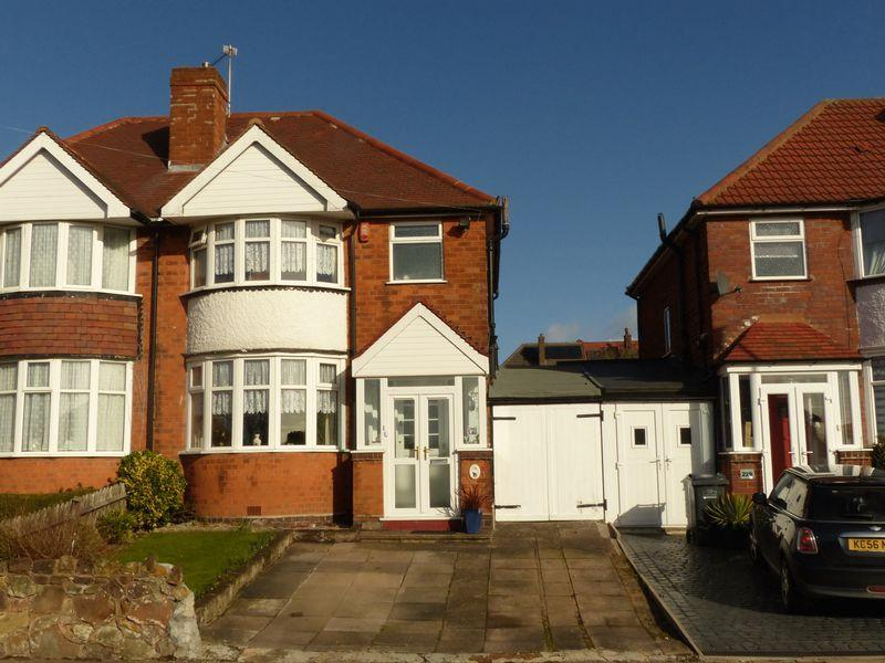3 Bedrooms Semi Detached House for sale in Springthorpe Road, Birmingham