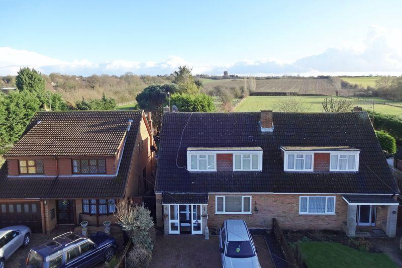 3 Bedrooms Semi Detached House for sale in High Street, Greenfield