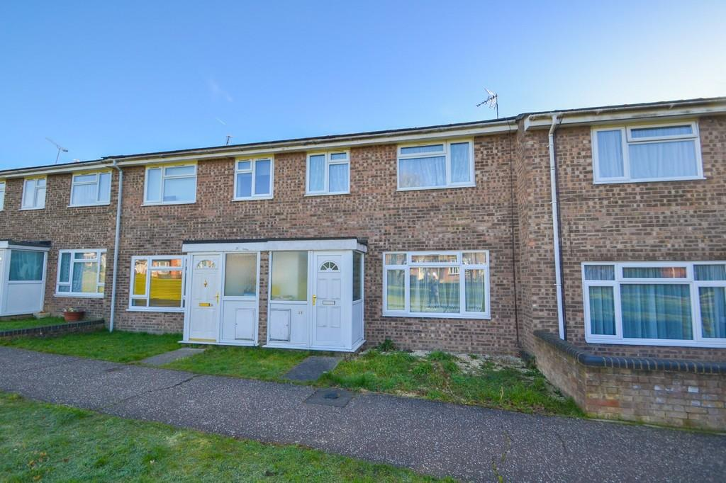 3 Bedrooms Terraced House for sale in Cam Way, Witham, CM8 1TZ