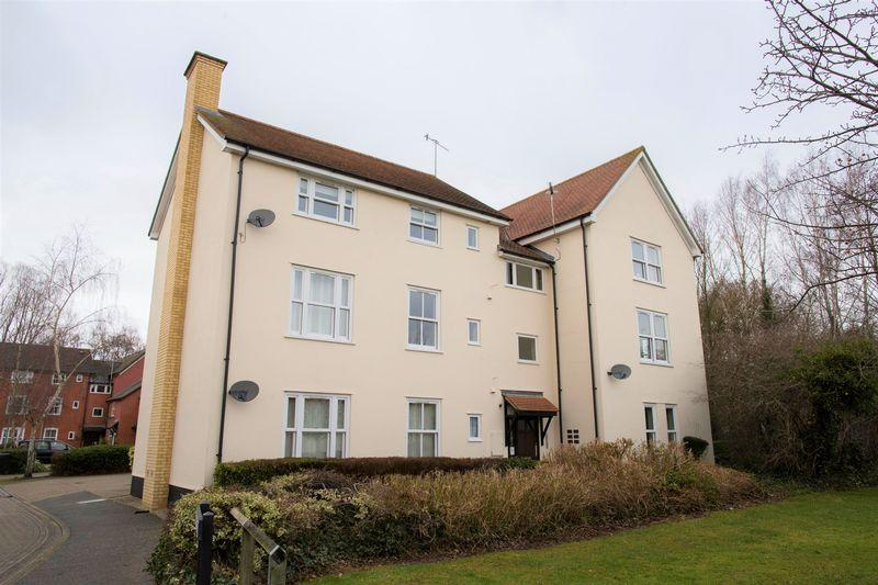 2 Bedrooms Apartment Flat for sale in Tannery Drive, Bury St. Edmunds