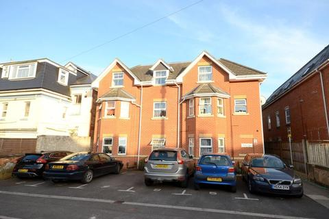 2 bedroom flat for sale - 16 Carysfort Road, Bournemouth