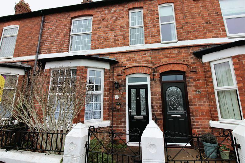3 Bedrooms Terraced House for sale in Filkins Lane, Boughton, Chester