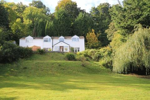 3 bedroom country house for sale - Erbistock, Nr Overton