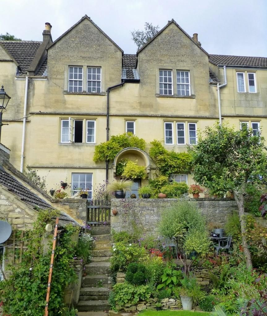 3 Bedrooms Town House for sale in Middle Rank, Bradford On Avon