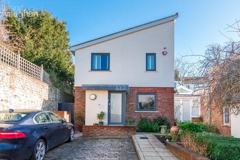 3 bedroom detached house for sale - Preston Park Avenue, Brighton, BN1