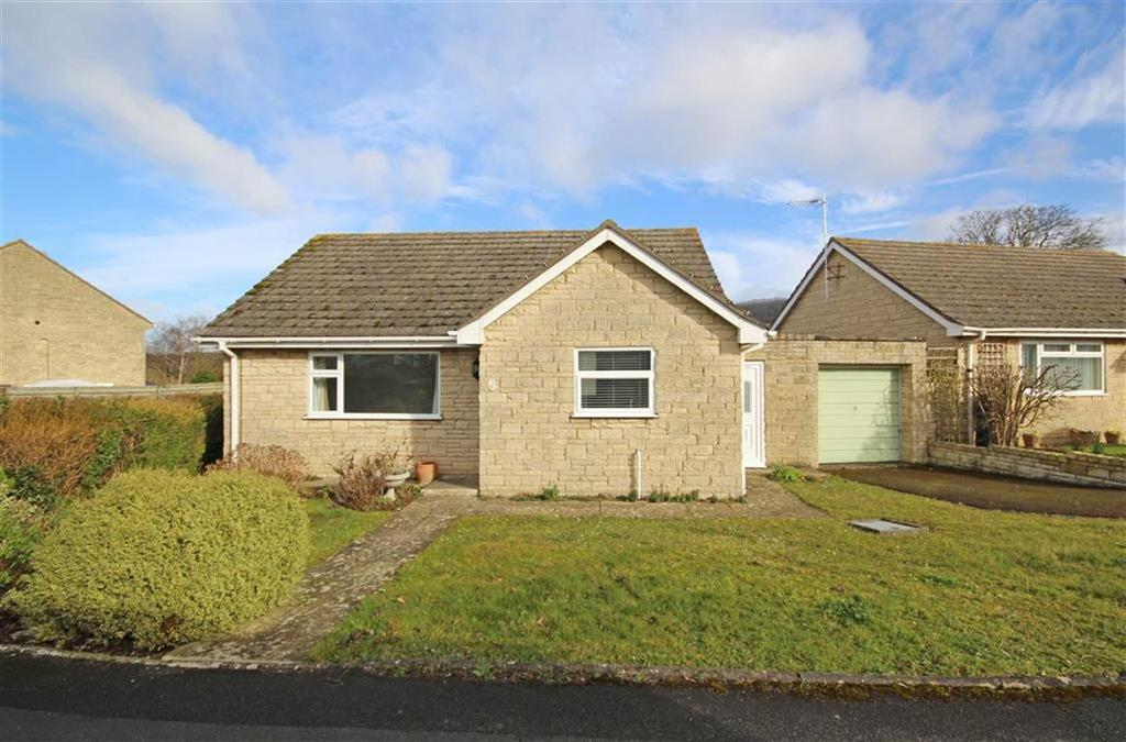 2 Bedrooms Detached Bungalow for sale in Gable Point, Woodmancote, Cheltenham, GL52