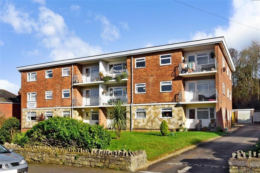 2 Bedrooms Apartment Flat for sale in West Hill Road, Ryde, Isle of Wight