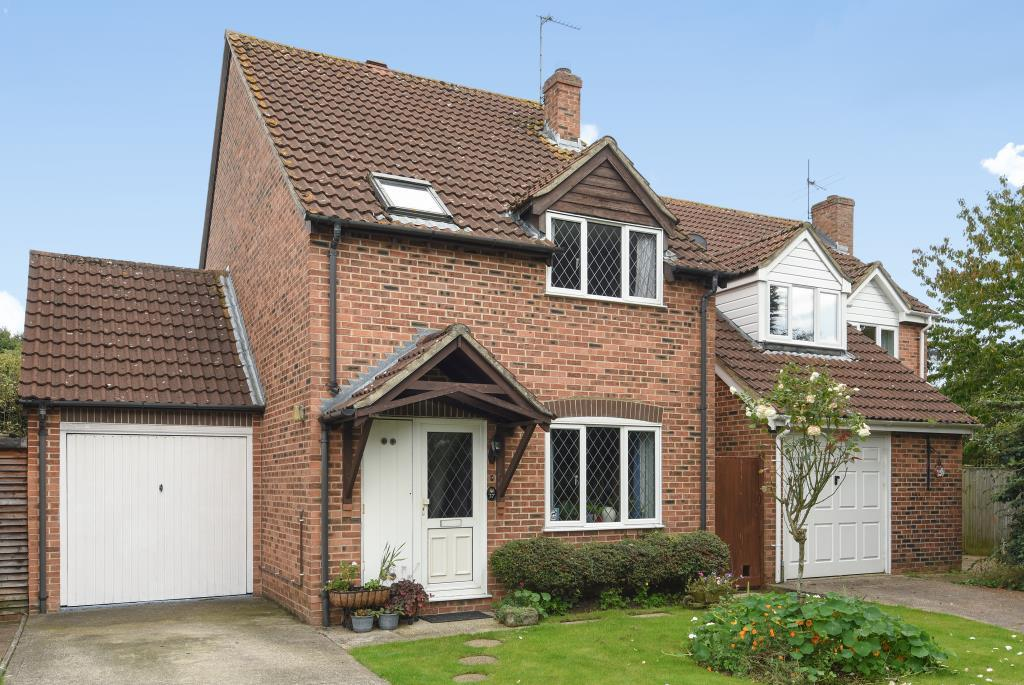3 Bedrooms Detached House for sale in Grassmead, Thatcham, RG19