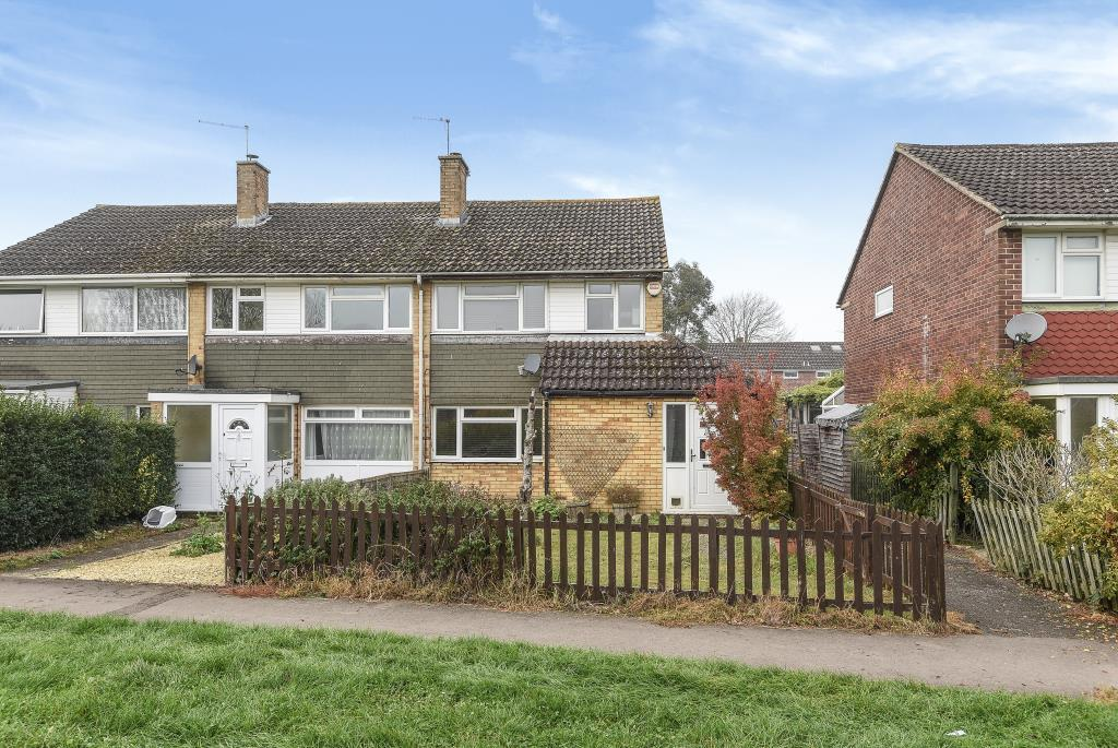 3 Bedrooms House for sale in Swansdown Walk, Thatcham, RG19