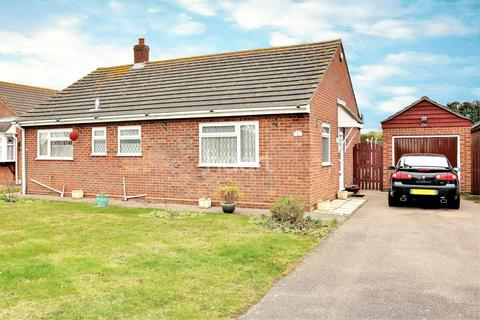 2 bedroom bungalow for sale - The Royals