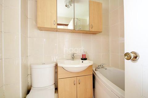 1 bedroom flat for sale - Heron Wharf, Castle Marina