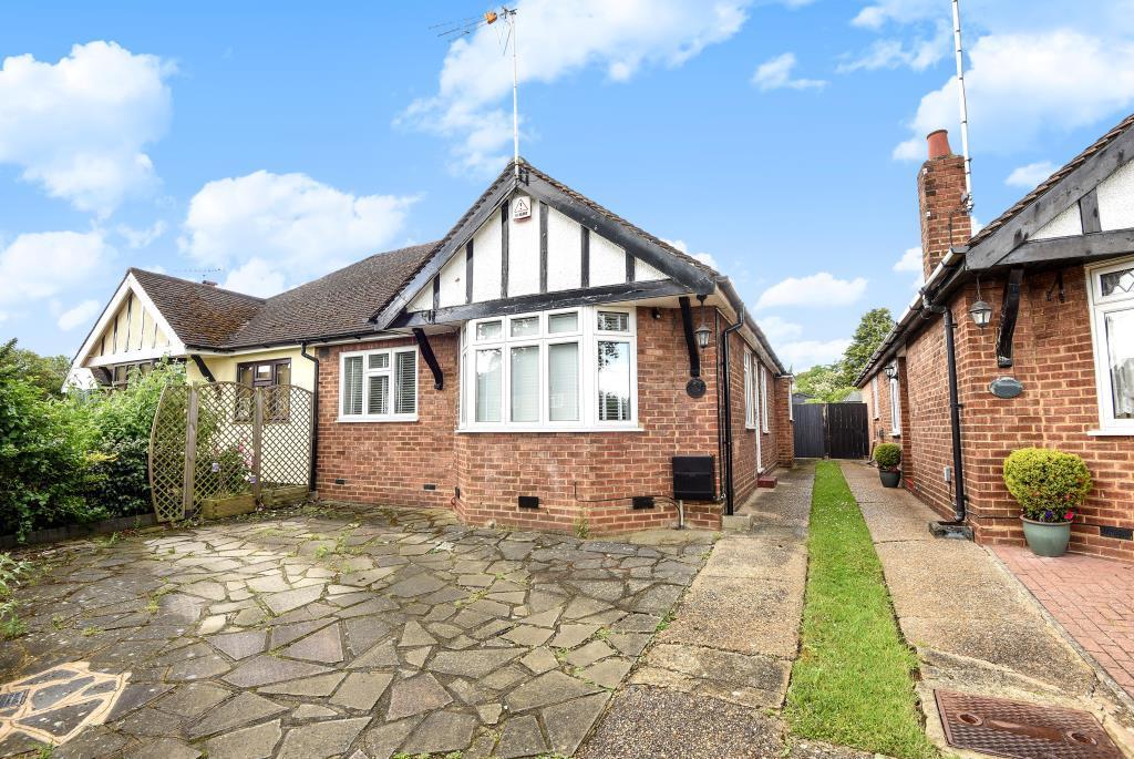 2 Bedrooms Bungalow for sale in Dugdale Hill Lane, Potters Bar, EN6