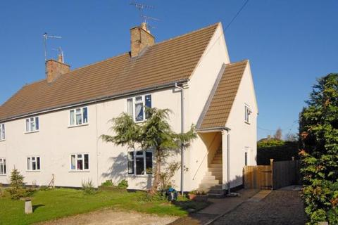 2 bedroom maisonette for sale - Gassons Road, Lechlade, GL7