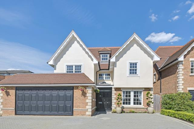 6 Bedrooms Detached House for sale in Allandale Avenue, Finchley N3 3PY, N3