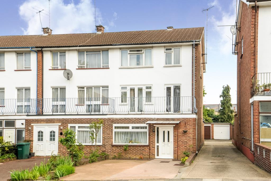 5 Bedrooms House for sale in Wickliffe Avenue, Finchley, N3, N3