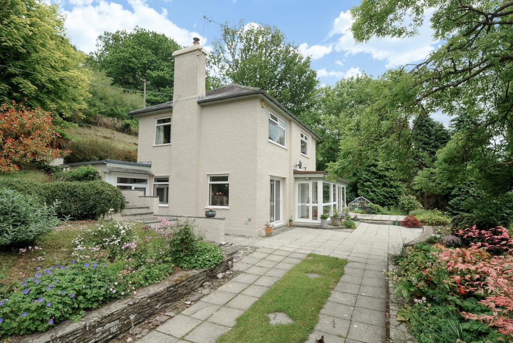 4 Bedrooms Detached House for sale in Tregraig Road, Bwlch, LD3