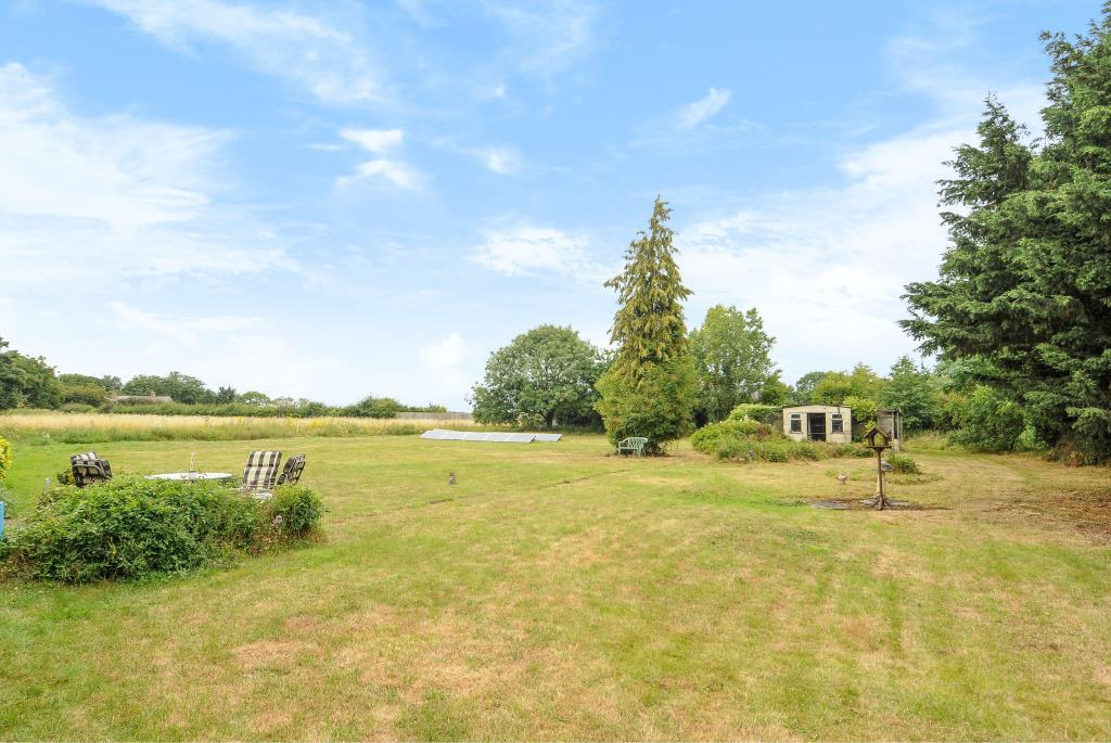 6 Bedrooms Detached Bungalow for sale in Station Road, Enslow, OX5