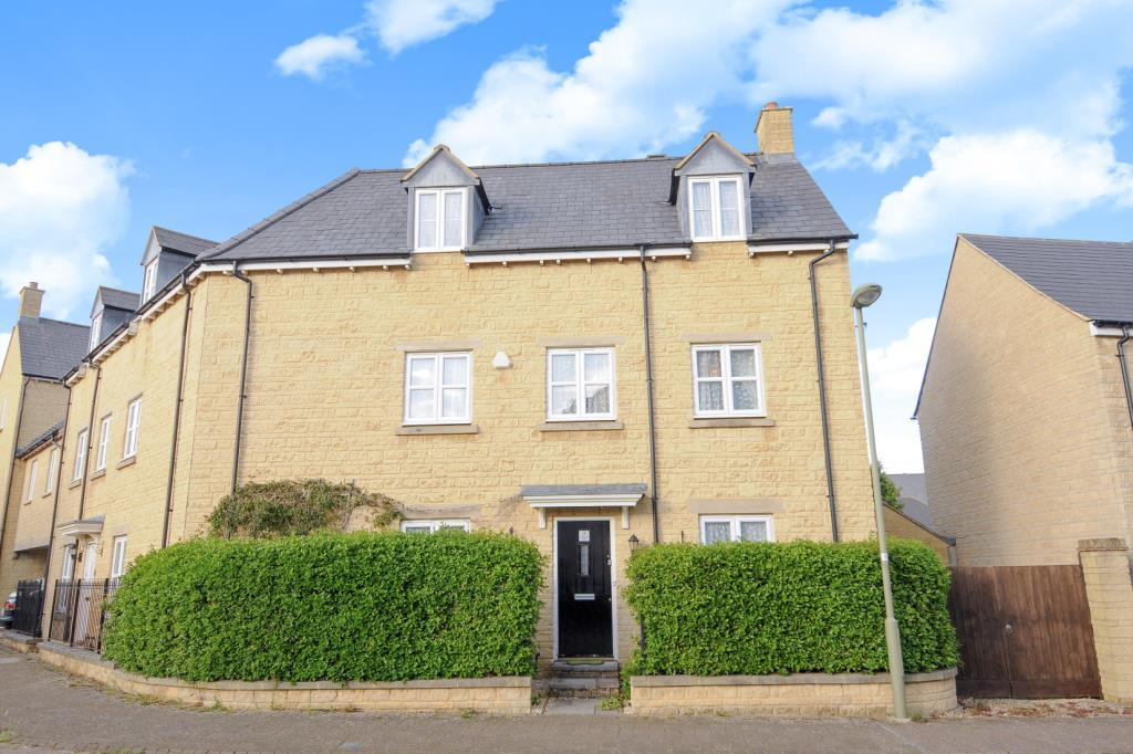 4 Bedrooms House for sale in Pear Tree Walk, Carterton, OX18