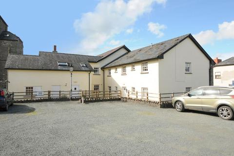 1 bedroom flat for sale - Plough House,  Builth Wells,  LD2