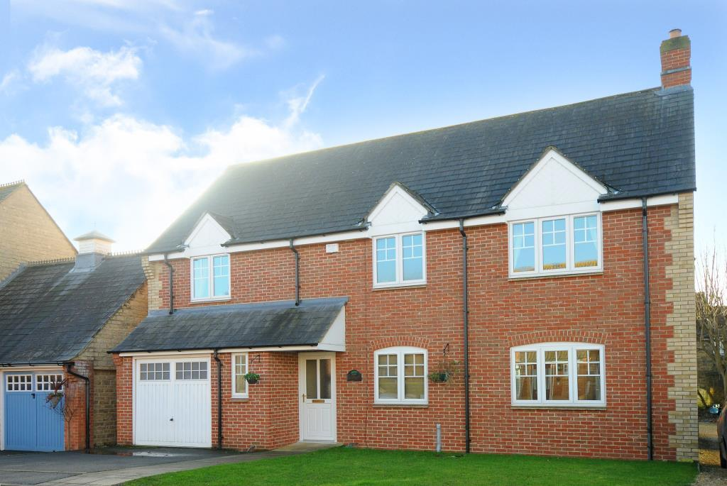 5 Bedrooms Detached House for sale in Ambrosden, Oxfordshire, OX25