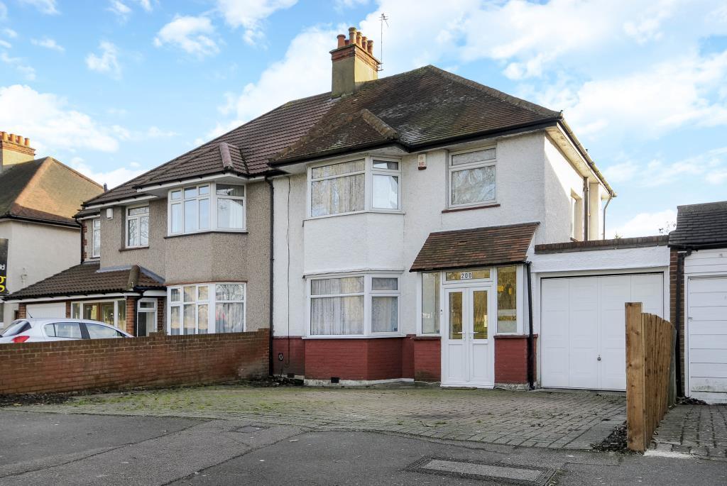 4 Bedrooms House for sale in Edgware, HA8, HA8