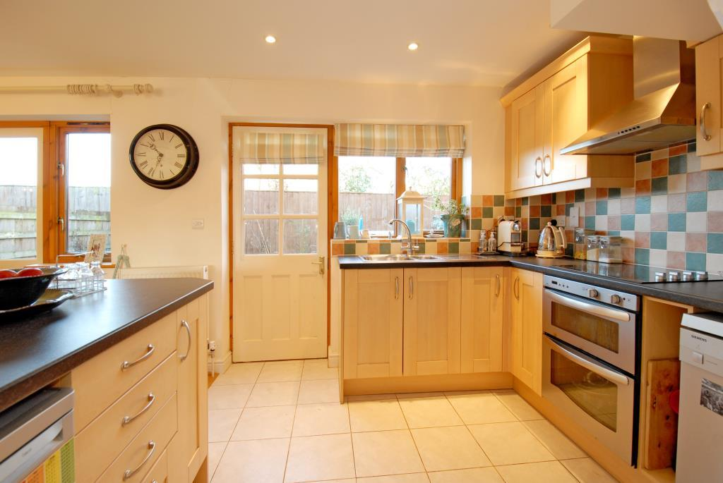 3 Bedrooms House for sale in Grendon Underwood, Aylesbury, HP18