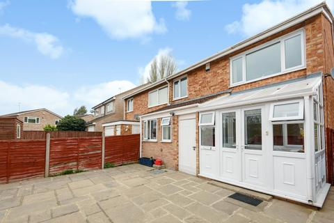 3 bedroom house for sale - Mallory Avenue, Caversham, RG4