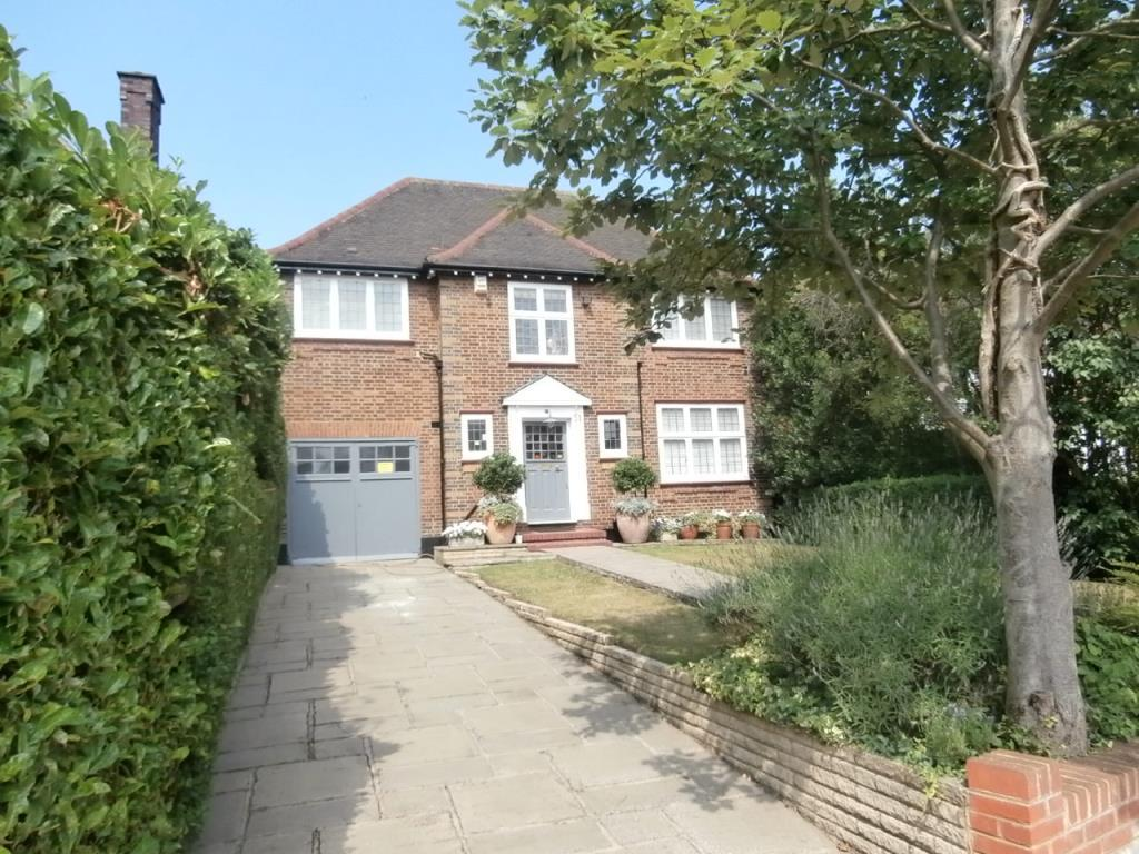 5 Bedrooms Detached House for sale in Beechwood Avenue, Finchley, N3, N3