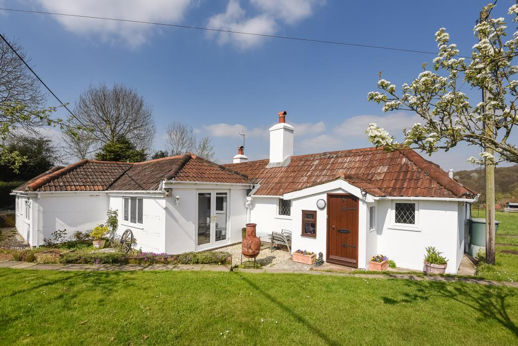 4 Bedrooms Cottage House for sale in Ashford Hill, Berkshire, RG19