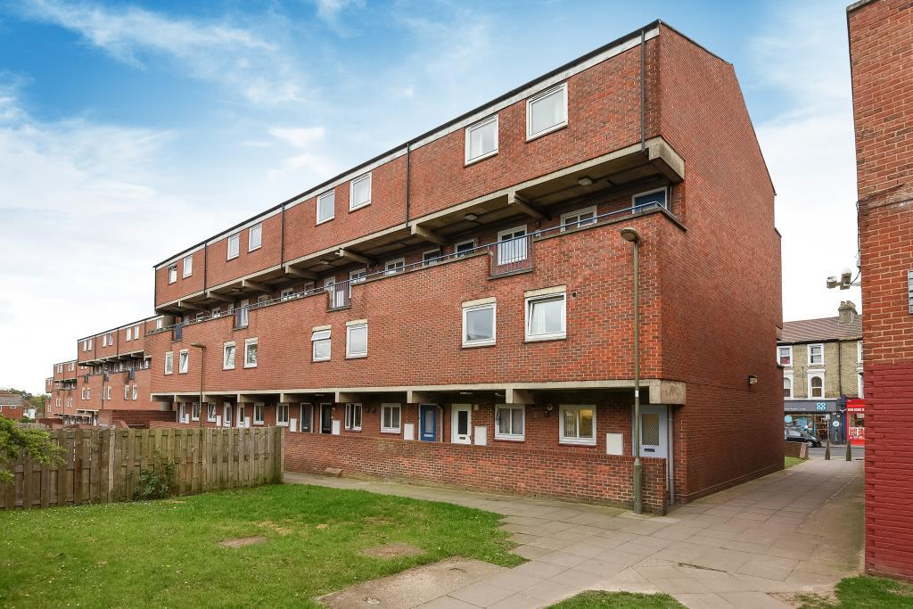 2 Bedrooms Flat for sale in Prince Of Wales Close, London, NW4, NW4