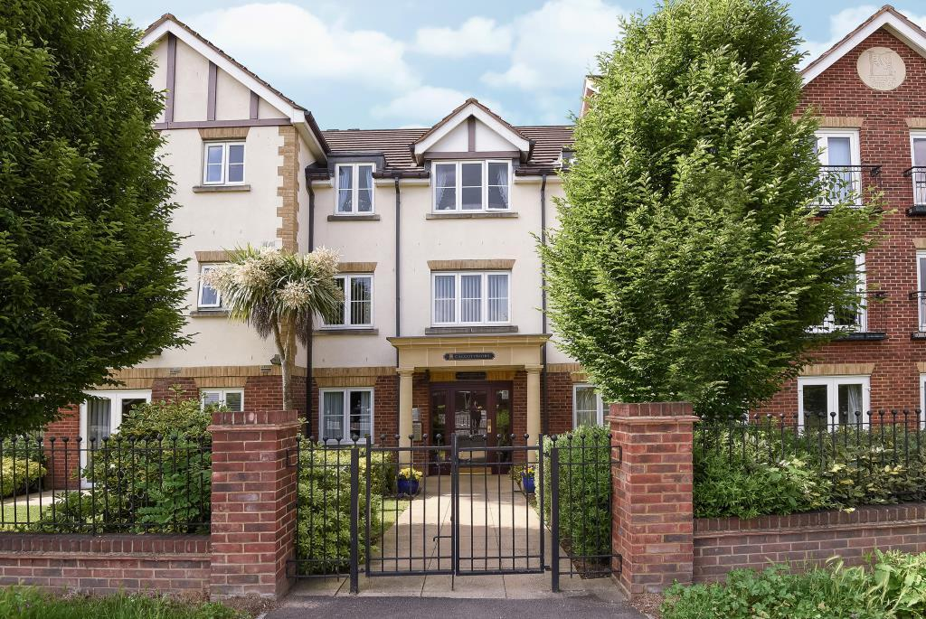 1 Bedroom Retirement Property for sale in Calcot Priory, Bath Road, Reading, RG31