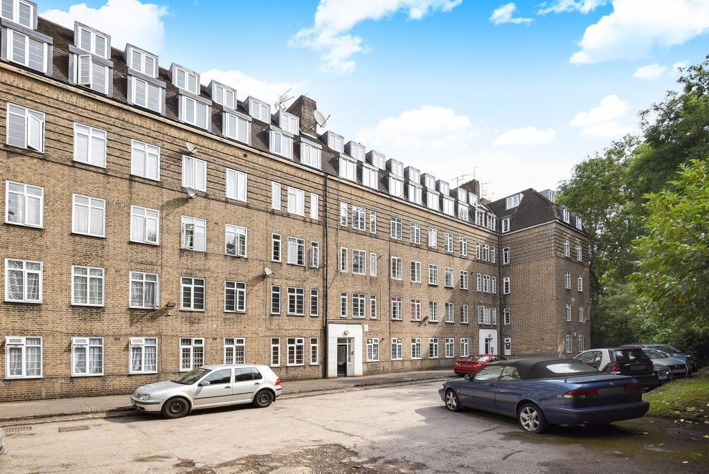 2 Bedrooms Flat for sale in Grove House, Finchley N3, N3