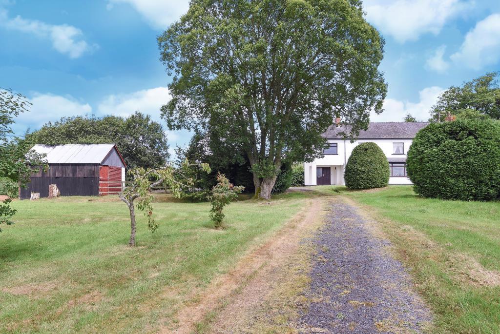 5 Bedrooms Detached House for sale in Gwystre, Llandrindod Wells, LD1