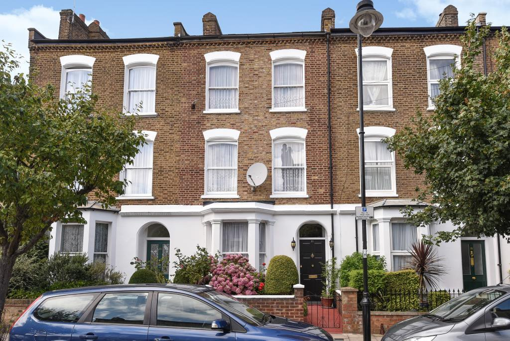 4 Bedrooms House for sale in Cheverton Road, Archway, London, N19