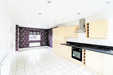 3 bedroom semi-detached house for sale - Agnes Silverside Close, Colchester, CO2