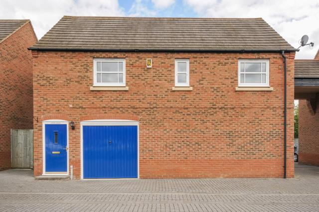 1 Bedroom Detached House for sale in Fairford Leys, Aylesbury, HP19
