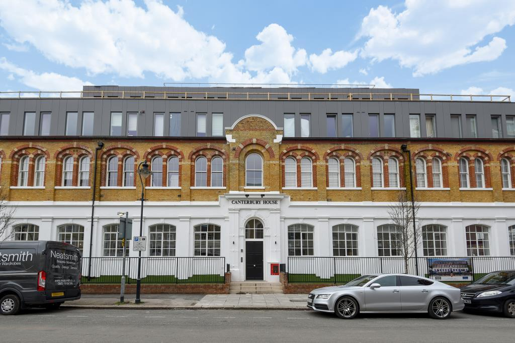 2 Bedrooms Flat for sale in Canterbury Road, Queens Park, NW6, NW6