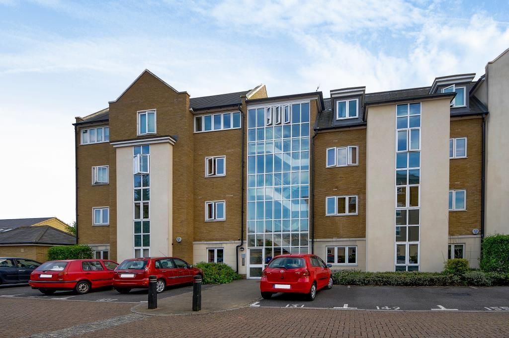 3 Bedrooms Flat for sale in Reliance Way, Oxford, OX4