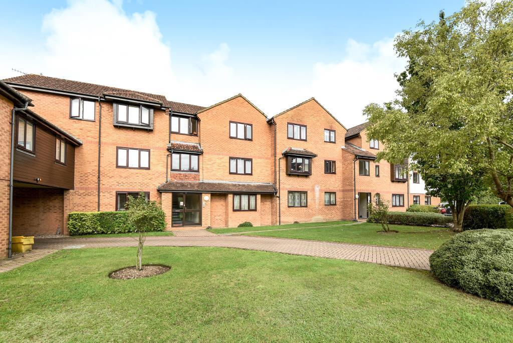 Studio Flat for sale in Wooburn Moor, Buckinghamshire, HP10