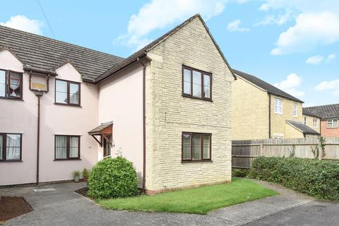 2 bedroom flat for sale - Burford Road, Carterton, OX18