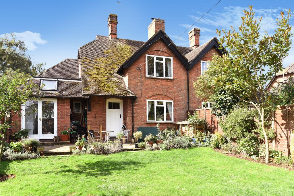 3 Bedrooms House for sale in Chearsley, Aylesbury, HP18
