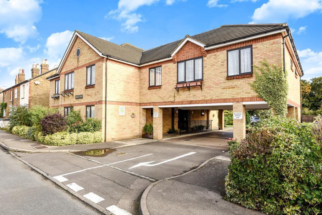 1 Bedroom Flat for sale in Egham, Surrey, TW20