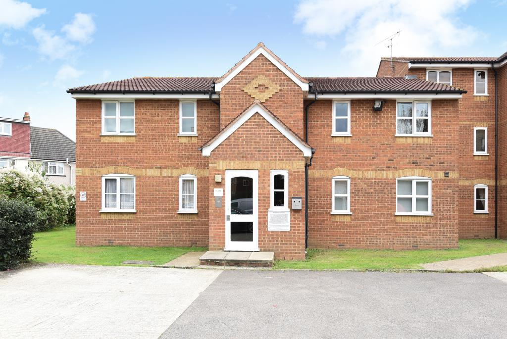 2 Bedrooms Flat for sale in Redford Close, Feltham, TW13