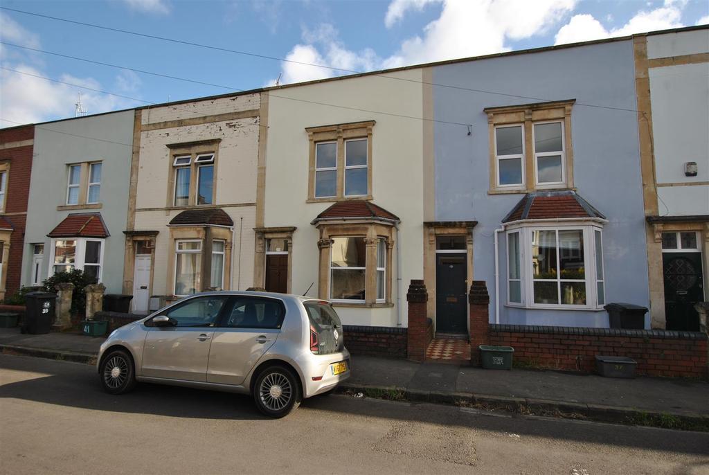 2 Bedrooms Terraced House for sale in Hawthorne Street, Totterdow, Bristol
