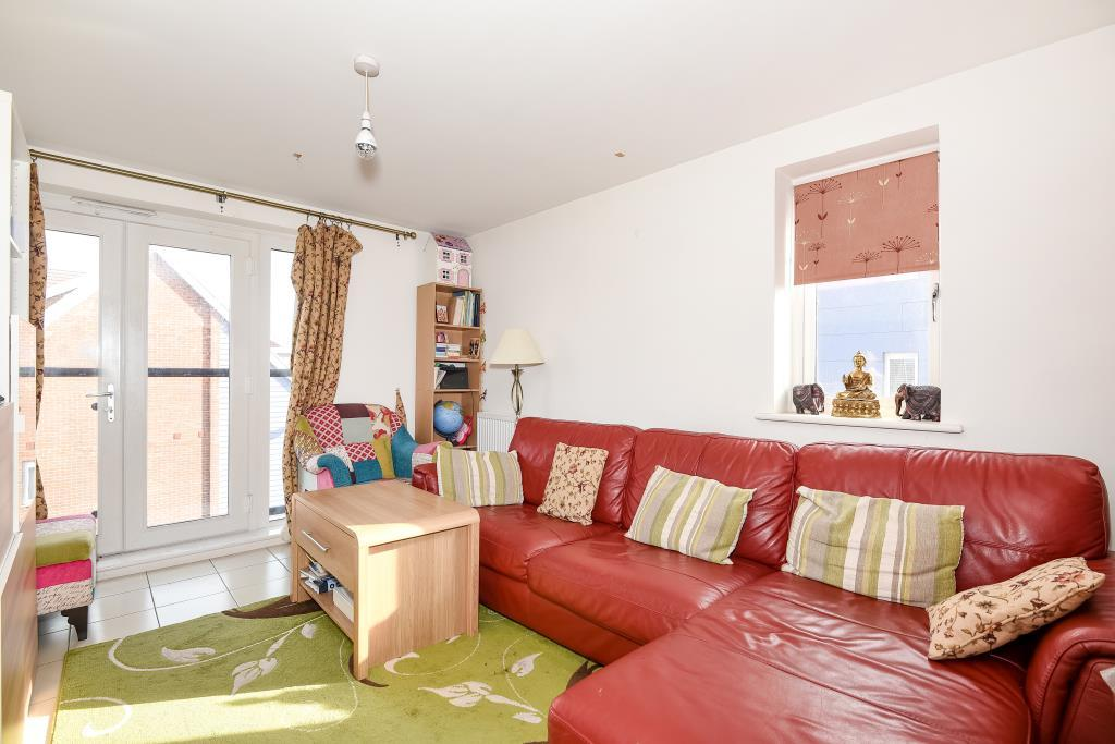 2 Bedrooms Flat for sale in Langley, Berkshire, SL3